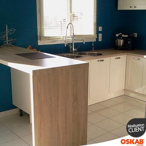 cuisine ivoire en u avec retour snack oskab. Black Bedroom Furniture Sets. Home Design Ideas
