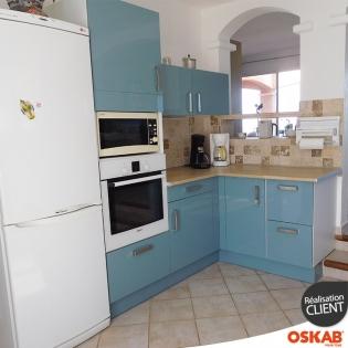 R novation cuisine maison proven ale meubles bleu brillant for Cuisine complete bleu